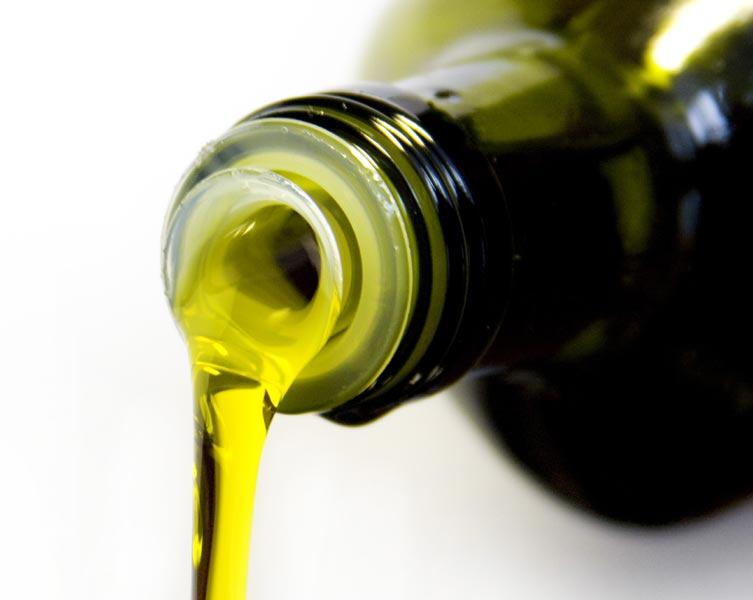 Olivenöl zählt zu den besonders wertvollen Ölen