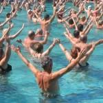 Mit Wassergymnastik in Bewegung bleiben
